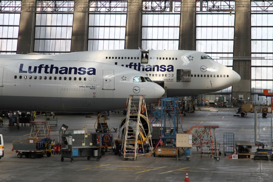 Germany lufthansa technik pixelsnipers for Lufthansa direct flights to germany